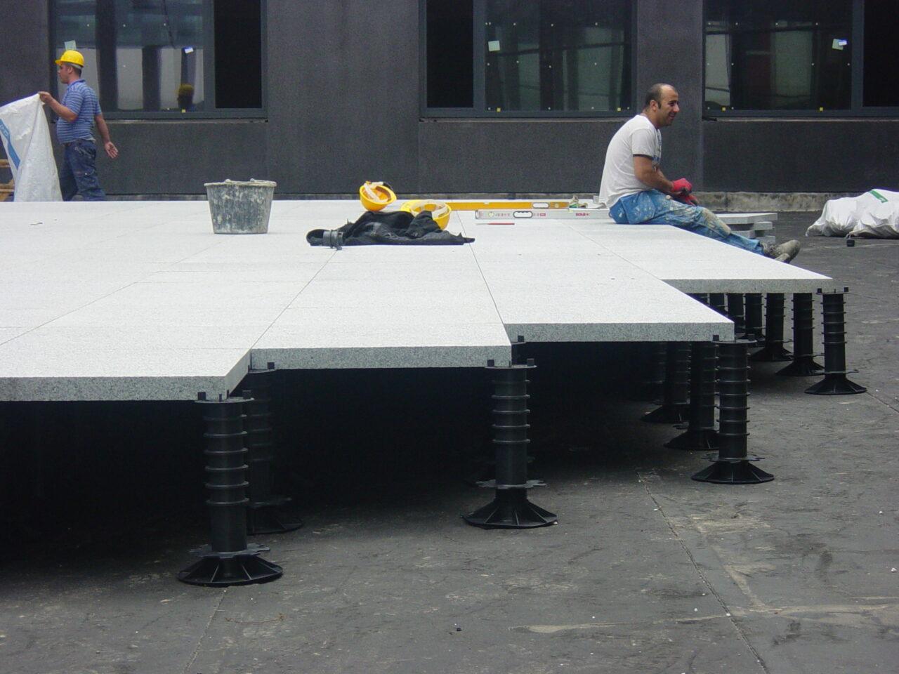 Terras betontegels AZ Damiaan ziekenhuis in Oostende1